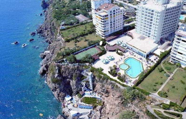 Adonis Hotel - Hotel - 0