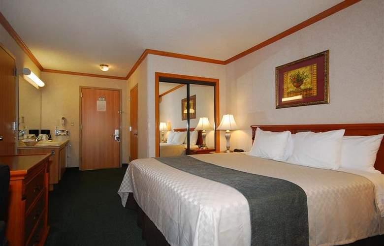 Best Western Los Angeles Worldport Hotel - Room - 15