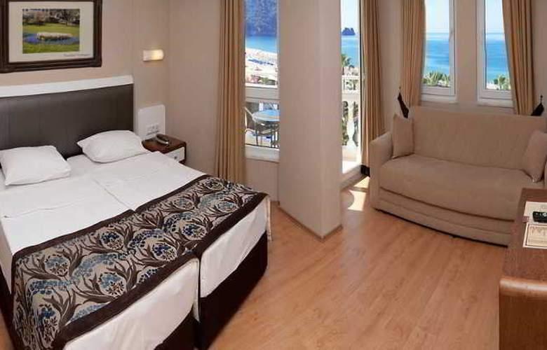 Azak Hotel - Room - 1