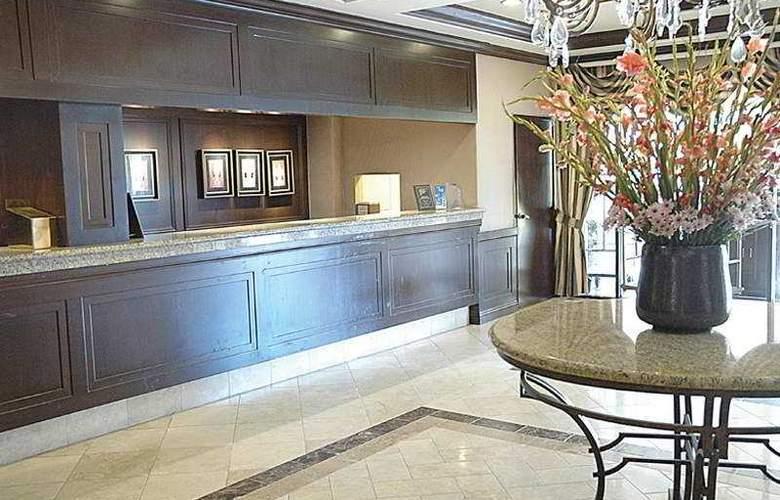 Beverly Hills Marriott - General - 1