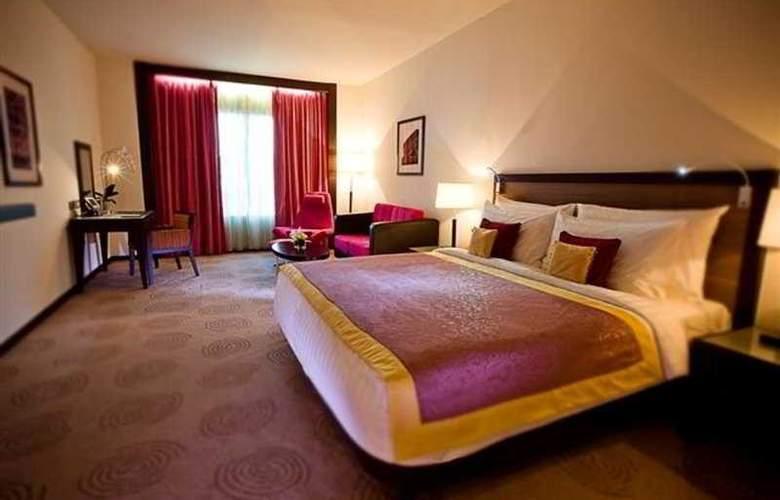Avani Deira Dubai - Room - 5