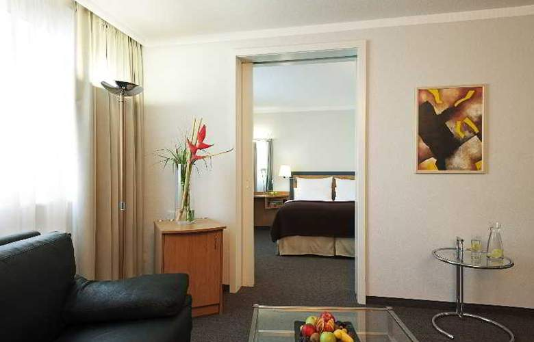 NH Frankfurt Airport West - Room - 8