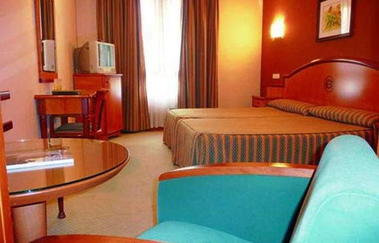 Hotel Sercotel Ciudad de Oviedo - Room - 8