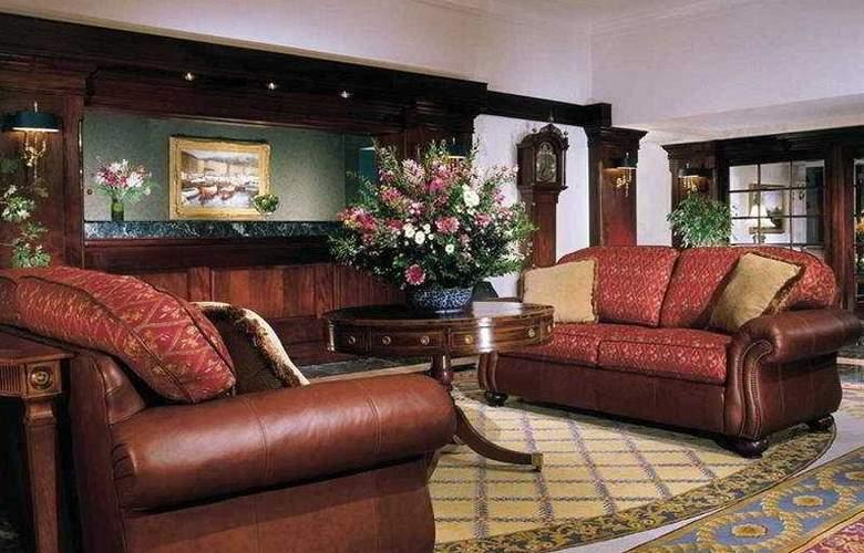 Bar Harbor Holiday Inn - General - 1