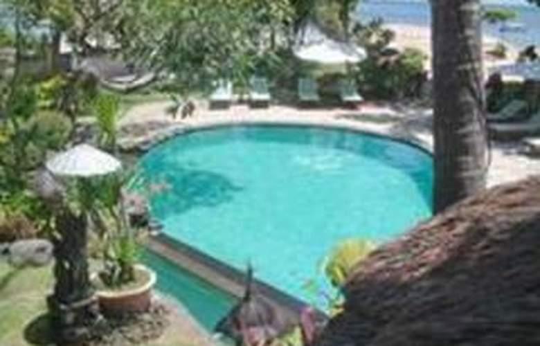 Bali Royal Suites - Pool - 9