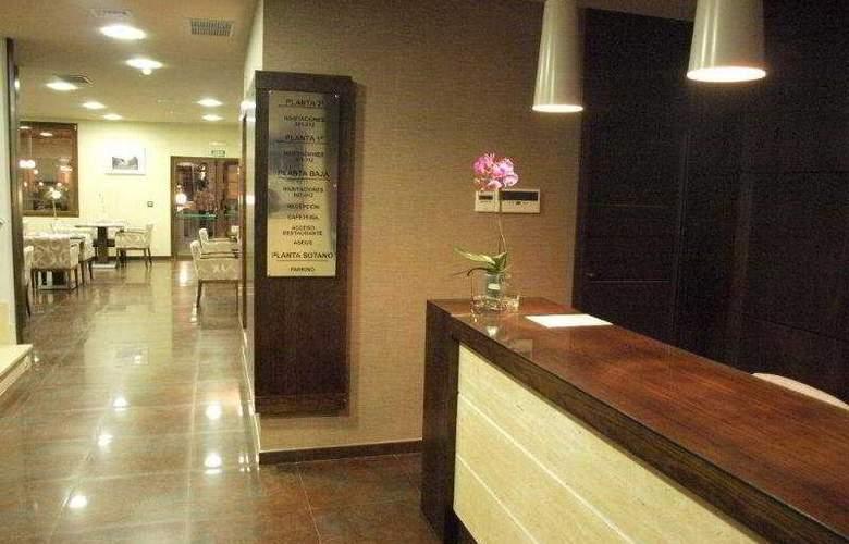 Dinastia Hotel - General - 1