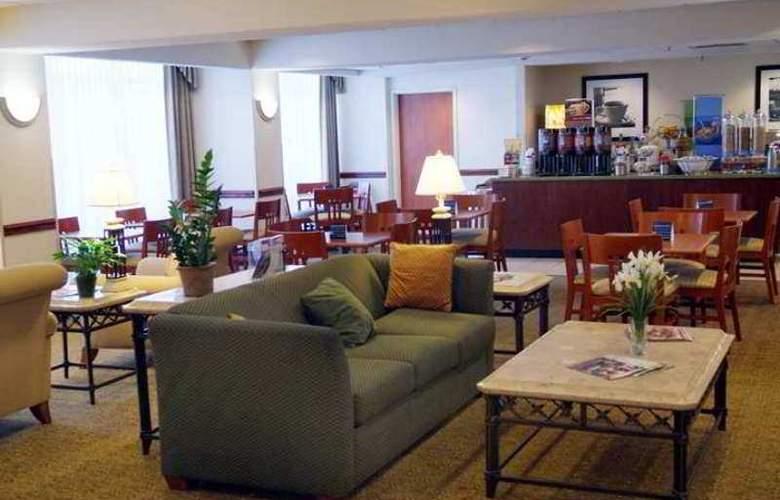 Hampton Inn Akron South - Hotel - 4