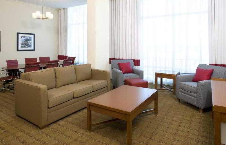 Four Points by Sheraton Houston Memorial City - Room - 17