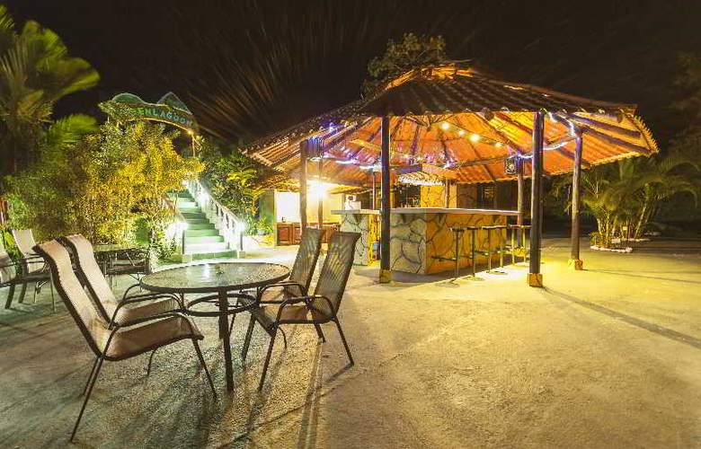 GreenLagoon Wellbeing Resort - Bar - 27