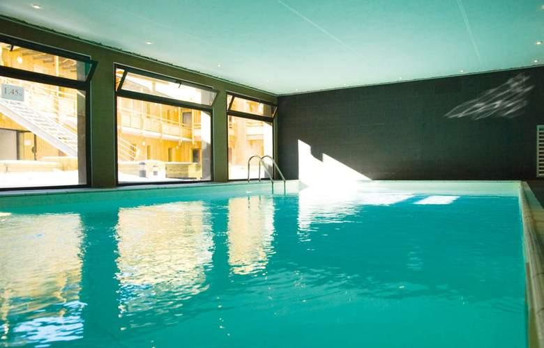 Lagrange Prestige Le Pic de l'Ours - Pool - 2