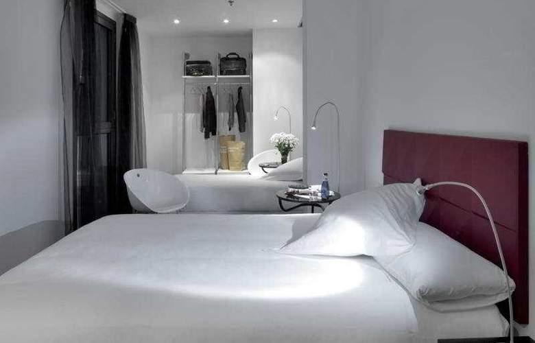 Mayerling - Room - 9