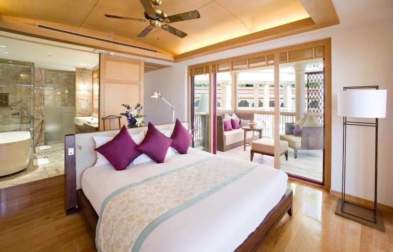 Centara Grand Beach Resort Phuket - Room - 22
