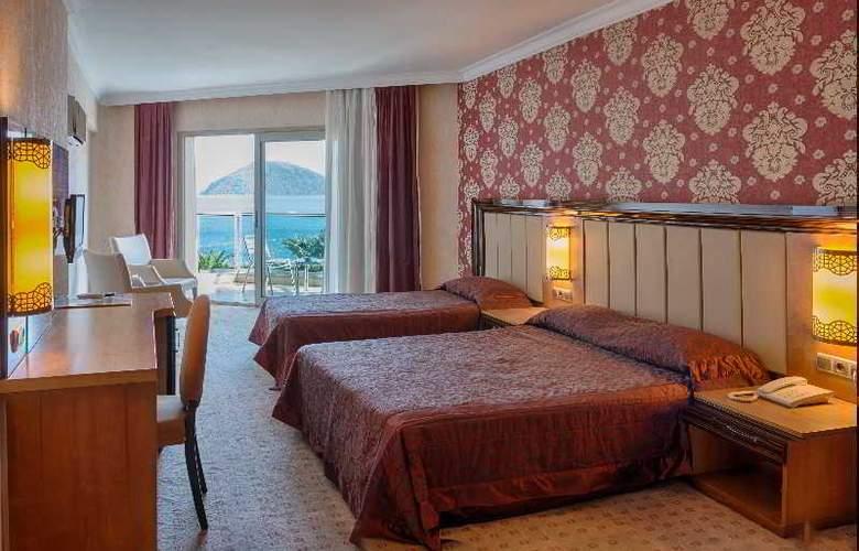 Pasa Beach Hotel - Room - 5