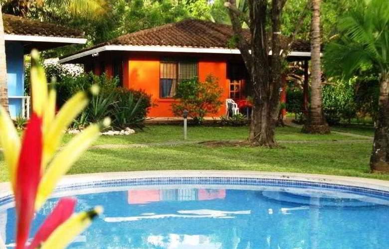 Bahia Esmeralda - Pool - 16