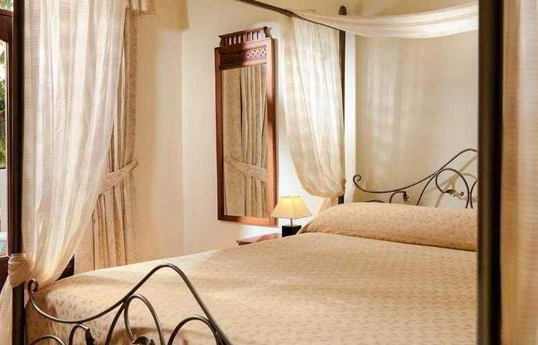 Regency Country Club Apartments Suites - Room - 14