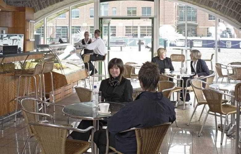 Hilton Sheffield - Bar - 6