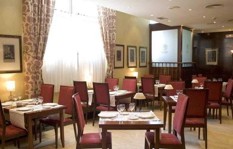 NH Collection Salamanca Palacio de Castellanos - Restaurant - 3