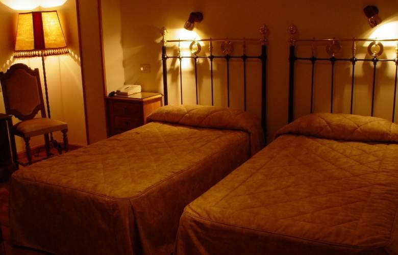 Los Perales - Room - 11