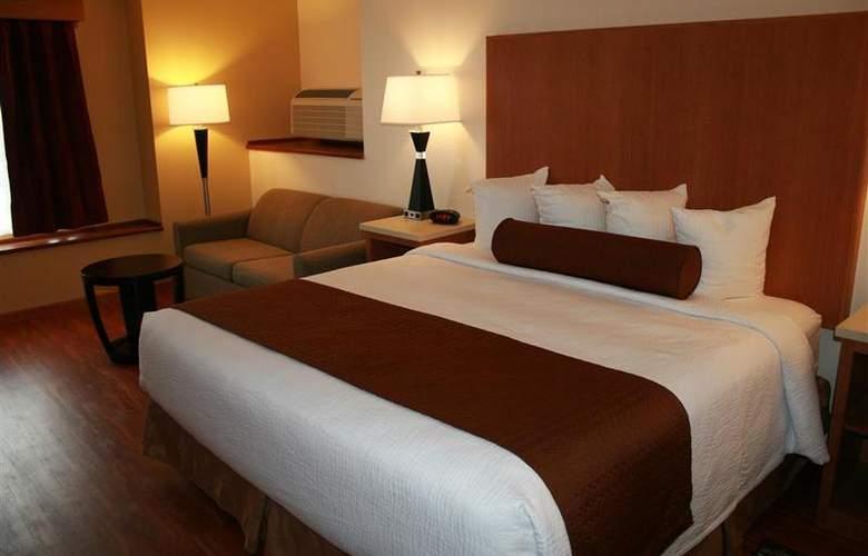 Best Western Plus Park Place Inn - Room - 113