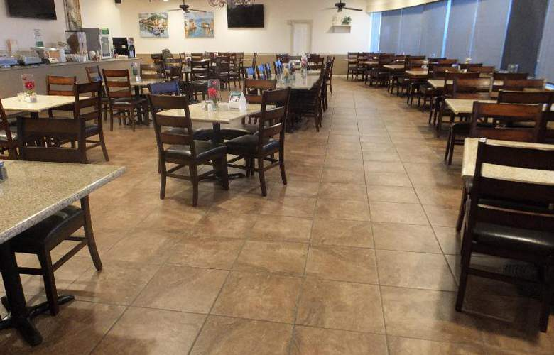 Quality Inn & Suites Lake Havasu City - Restaurant - 17