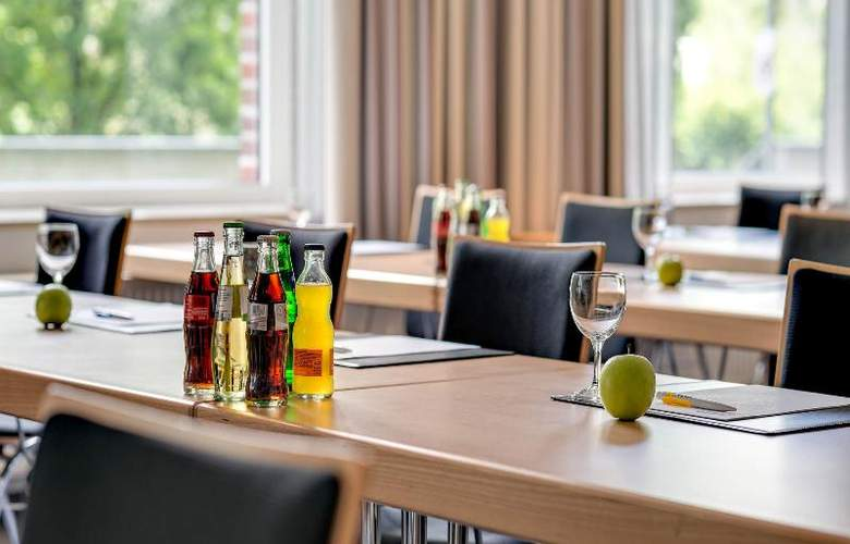 Park Inn by Radisson Berlin City West - Conference - 13