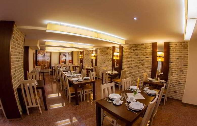 Domus Mater - Restaurant - 21