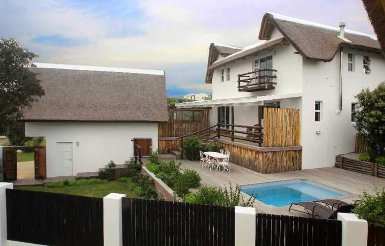 Cape St Francis Resort - Pool - 22