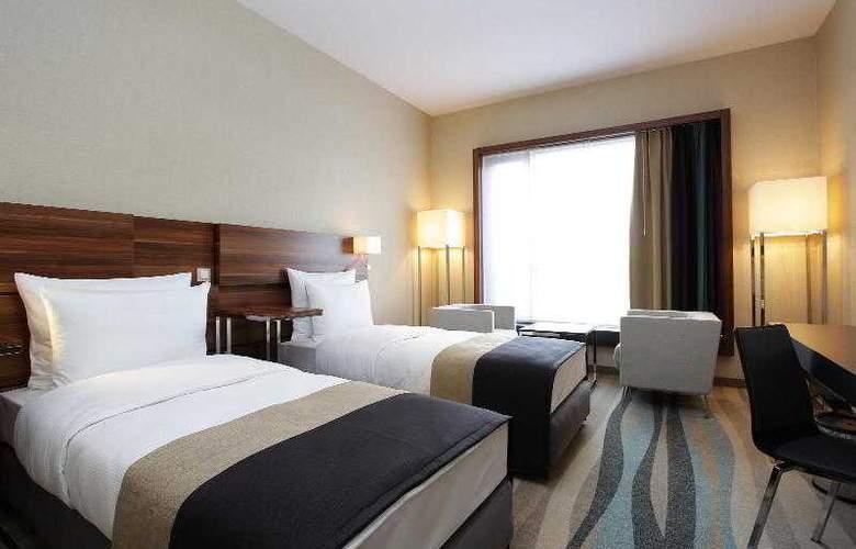 Warsaw Plaza Hotel - Room - 5