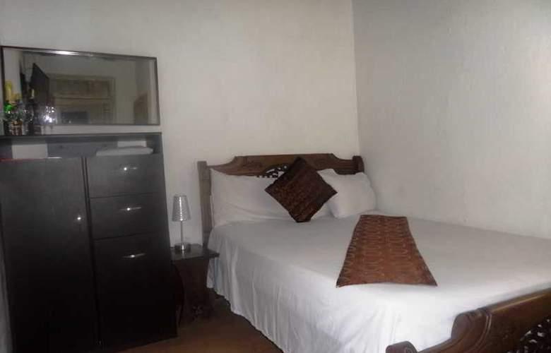 Hotel San Roque - Room - 3