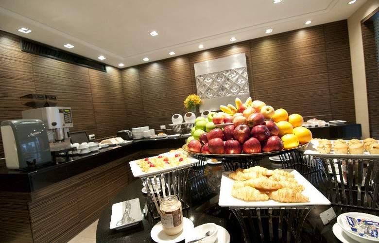 Holiday Inn Bangkok - Restaurant - 17