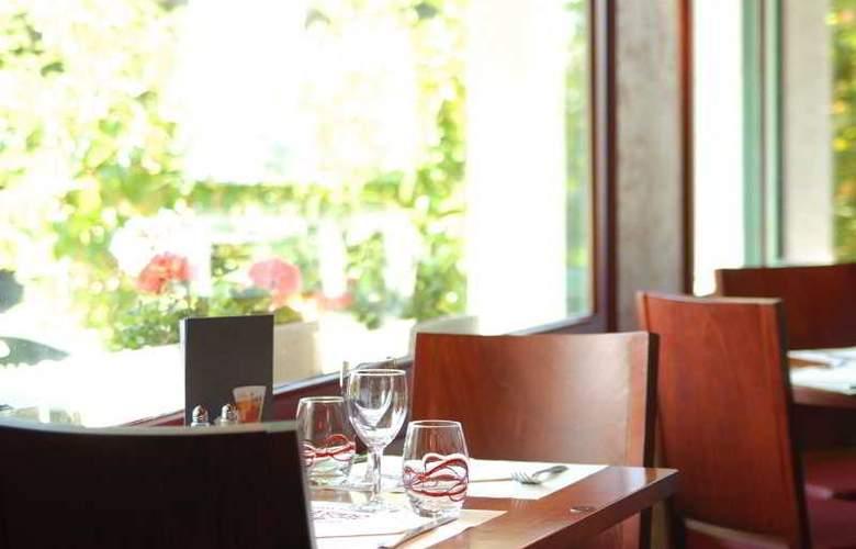 Inter-Hotel Au Chene Vert - Restaurant - 3