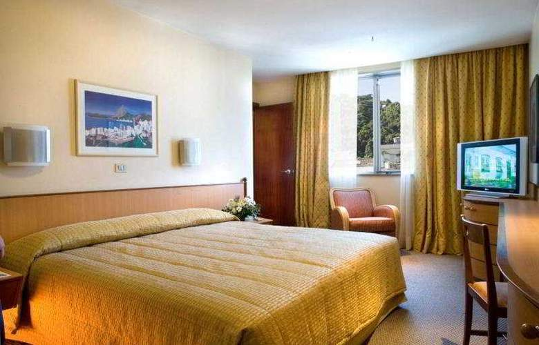 Windsor Plaza - Room - 2