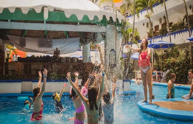 Club Fiesta Mexicana Beach - Pool - 16