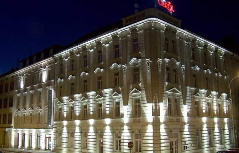 CAROL - Hotel - 12