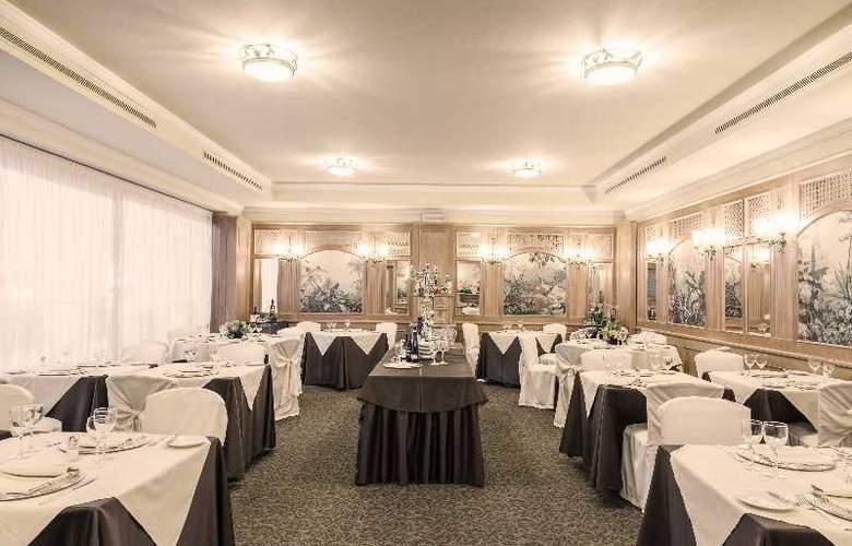 ADI Doria Grand Hotel - Restaurant - 13