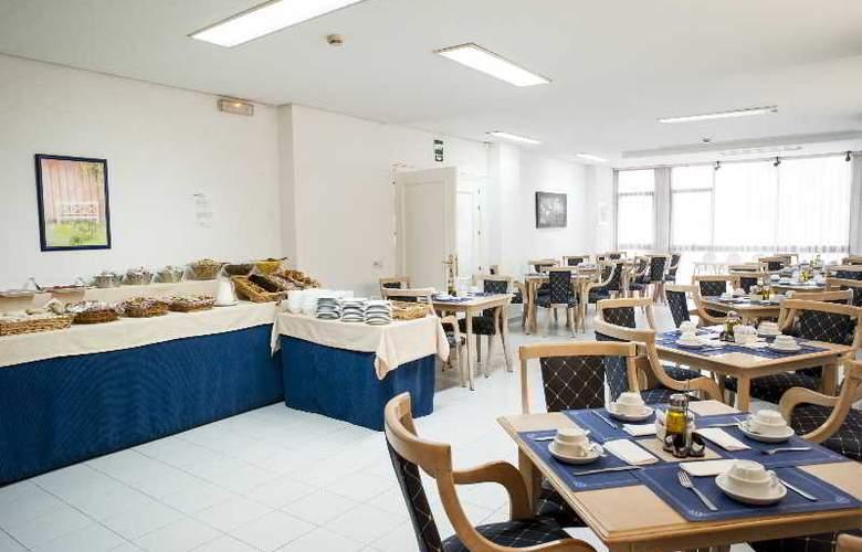 El Faro Inn - Restaurant - 12