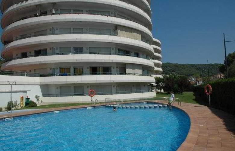 Medes Park - Pool - 5