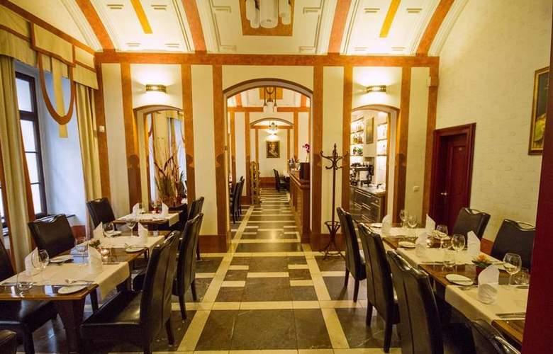 Majestic Plaza Prague - Restaurant - 118