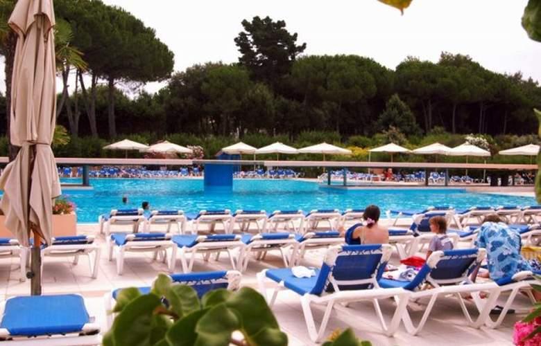 Garden Club Toscana - Pool - 21