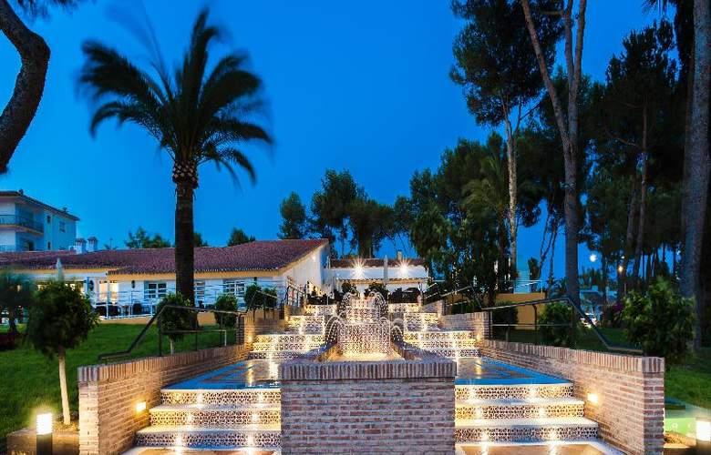 Globales Playa Estepona - Hotel - 14