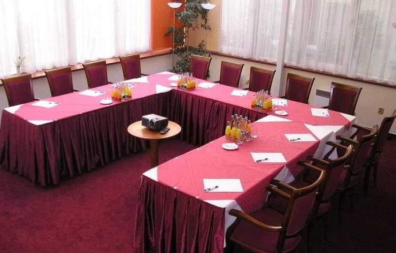 Ramada Prague City Centre - Conference - 8