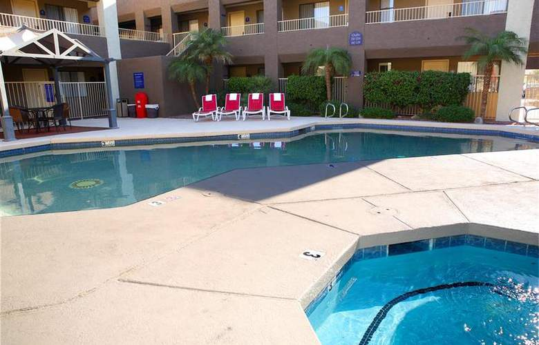 Best Western Plus Inn Suites Yuma Mall - Pool - 99