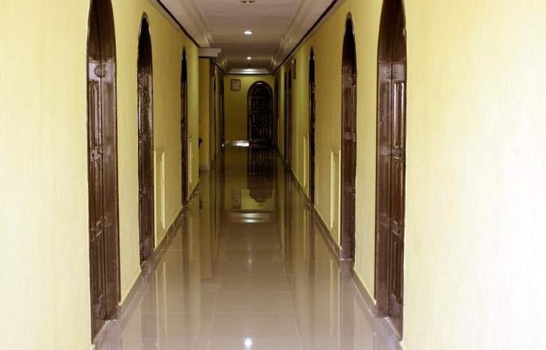 Montejo Palace - Hotel - 4