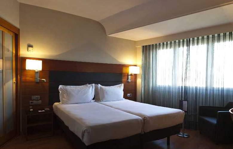 AC Carlton Madrid - Room - 12