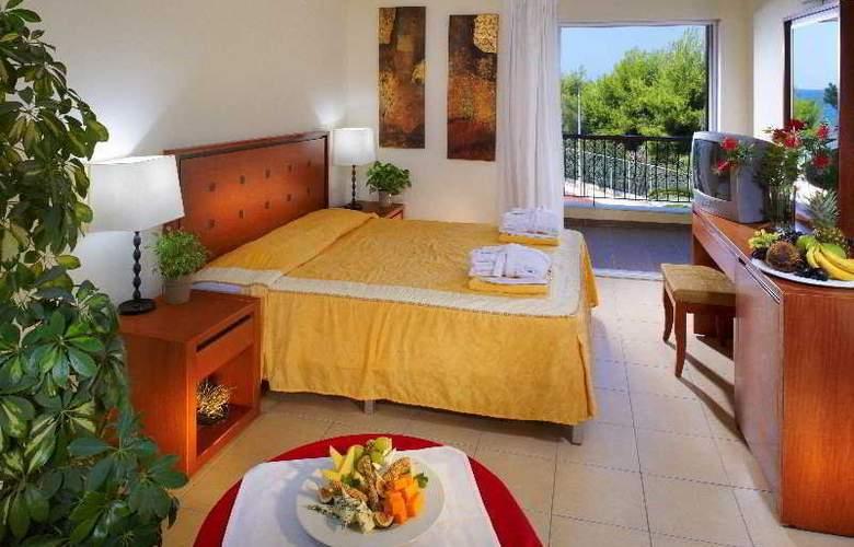 Portes Beach - Room - 5