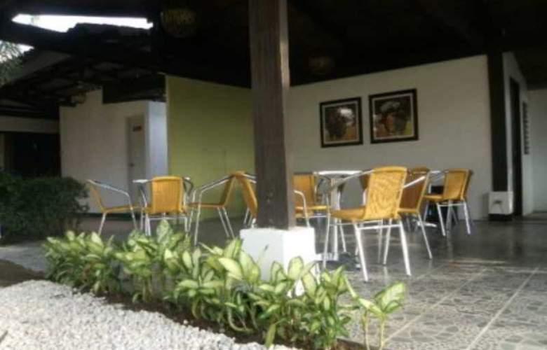 Fernandina Garden Suites - Restaurant - 7