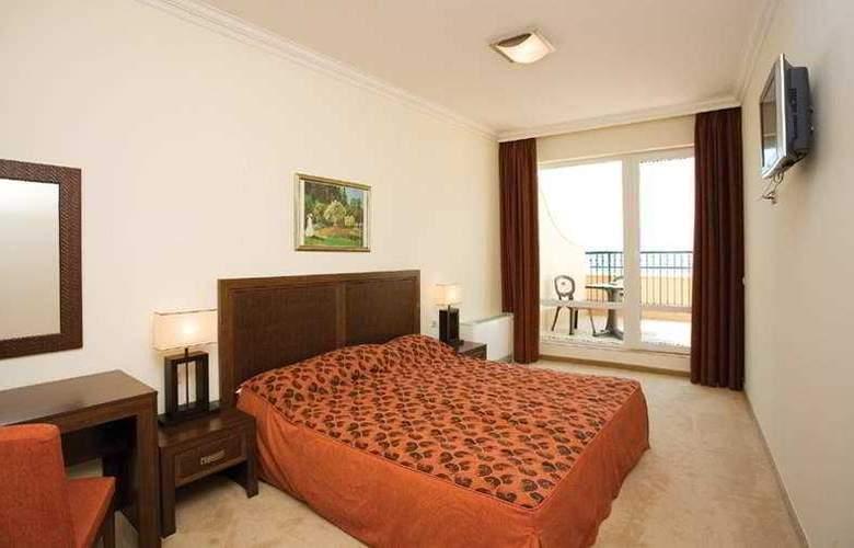 Sunset Resort - Room - 6