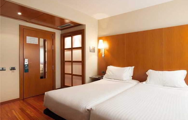 Ciutat de Martorell - Room - 10