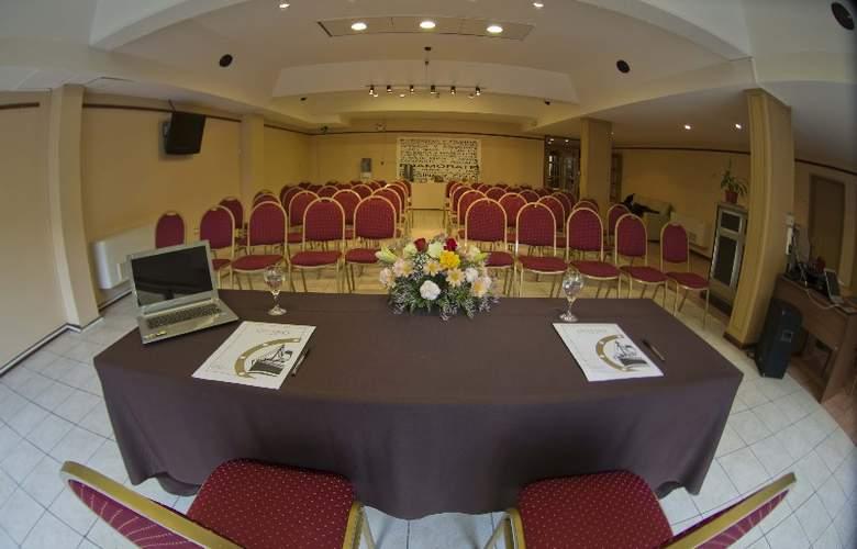 Cap Polonio - Conference - 16