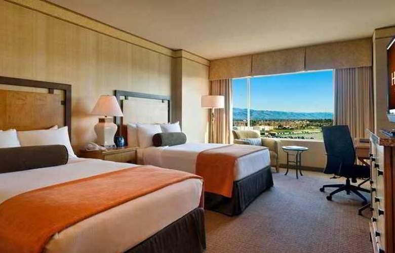 Hilton Santa Clara - Hotel - 1